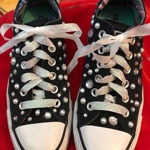 Converse Chuck Taylors bling bling size 8